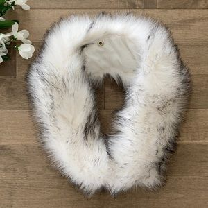 Le Chateau Faux Fur Hood Attachment